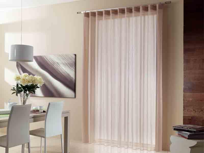 Vendita tende da interni arredamento tessile fornitura for Arredamento tende per interni