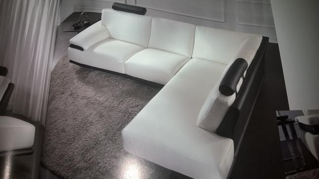 Vendita divani e divani ad angolo melzo arredamento for Divani in stoffa